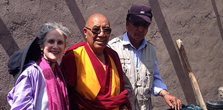Artist Sara Crisp is US Board President of Siddhartha School Project, a Himalayan charity school in Ladakh, India. Sara is represented by Denise Bibro Fine Art in New York City. Photo of Sara Crisp and Khensur Rinpoche Lobzang Tsetan