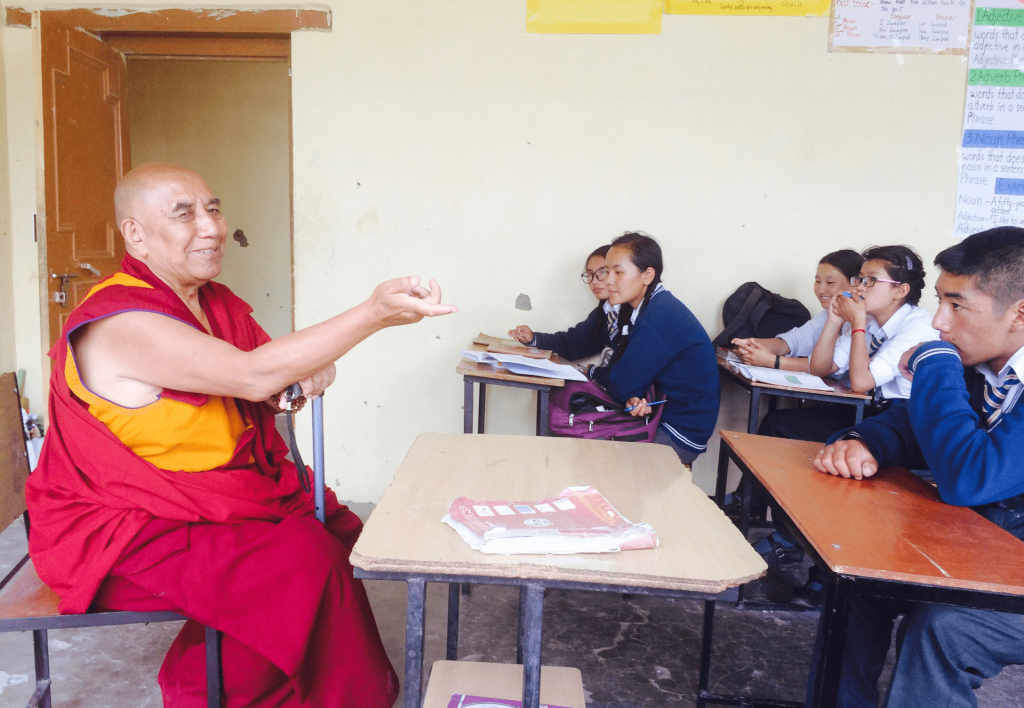 Khensur Rinpoche instructing Siddhartha School students